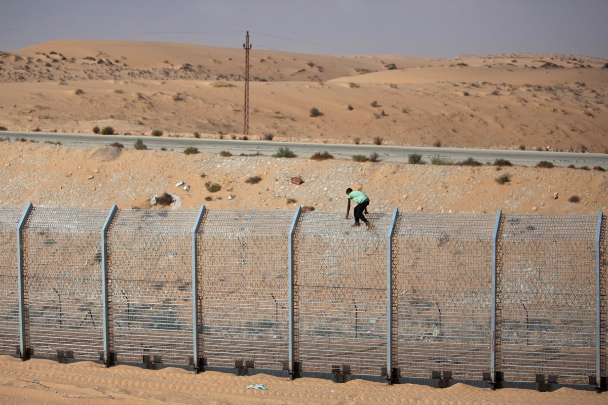 Israel to build security fence at jordanian border the