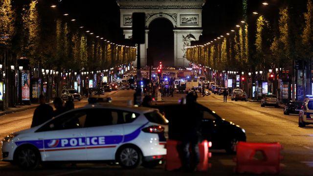 Terrorism: IS Claims Attack on Champs-Élysées in Paris