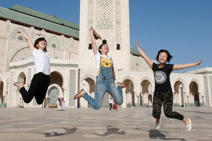 [Image: chinese-tourists-420x280.jpg]